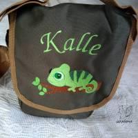 Kindergarten- / Kita-Tasche bestickt mit Chamäleon +  Wunschname Bild 1