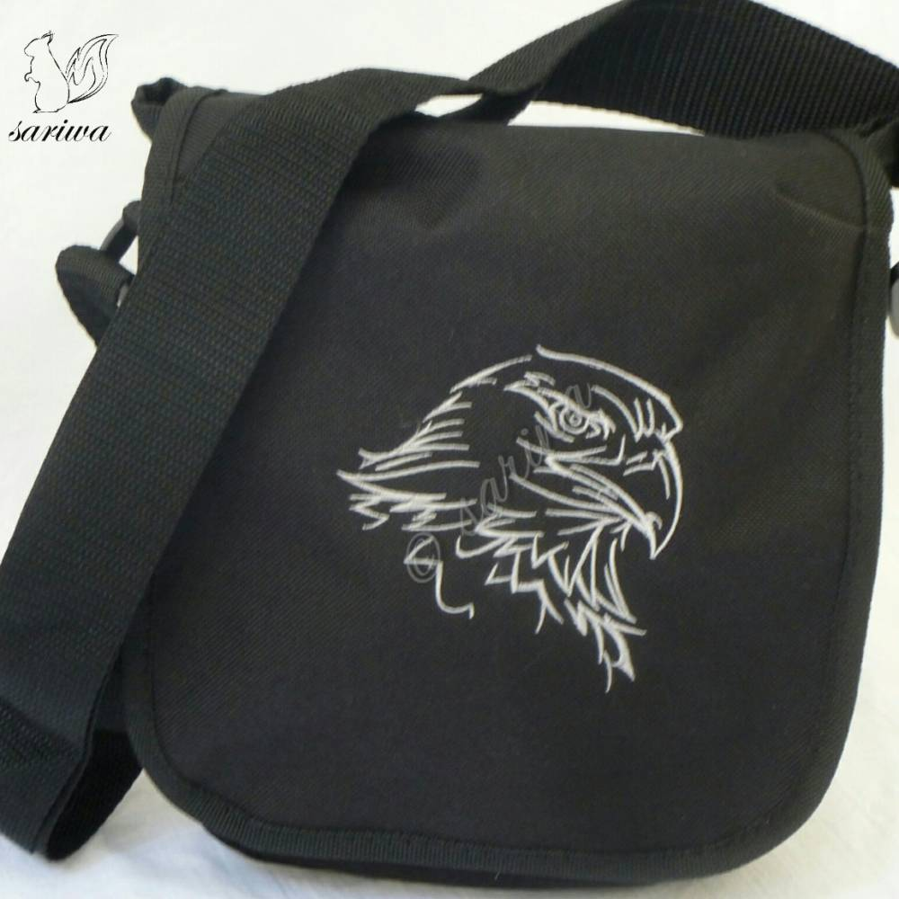 kleine Umhängetasche bestickt mit Adler - Gothic - Jäger -- auf Wunsch mit Name (ohne Aufpreis)  Bild 1