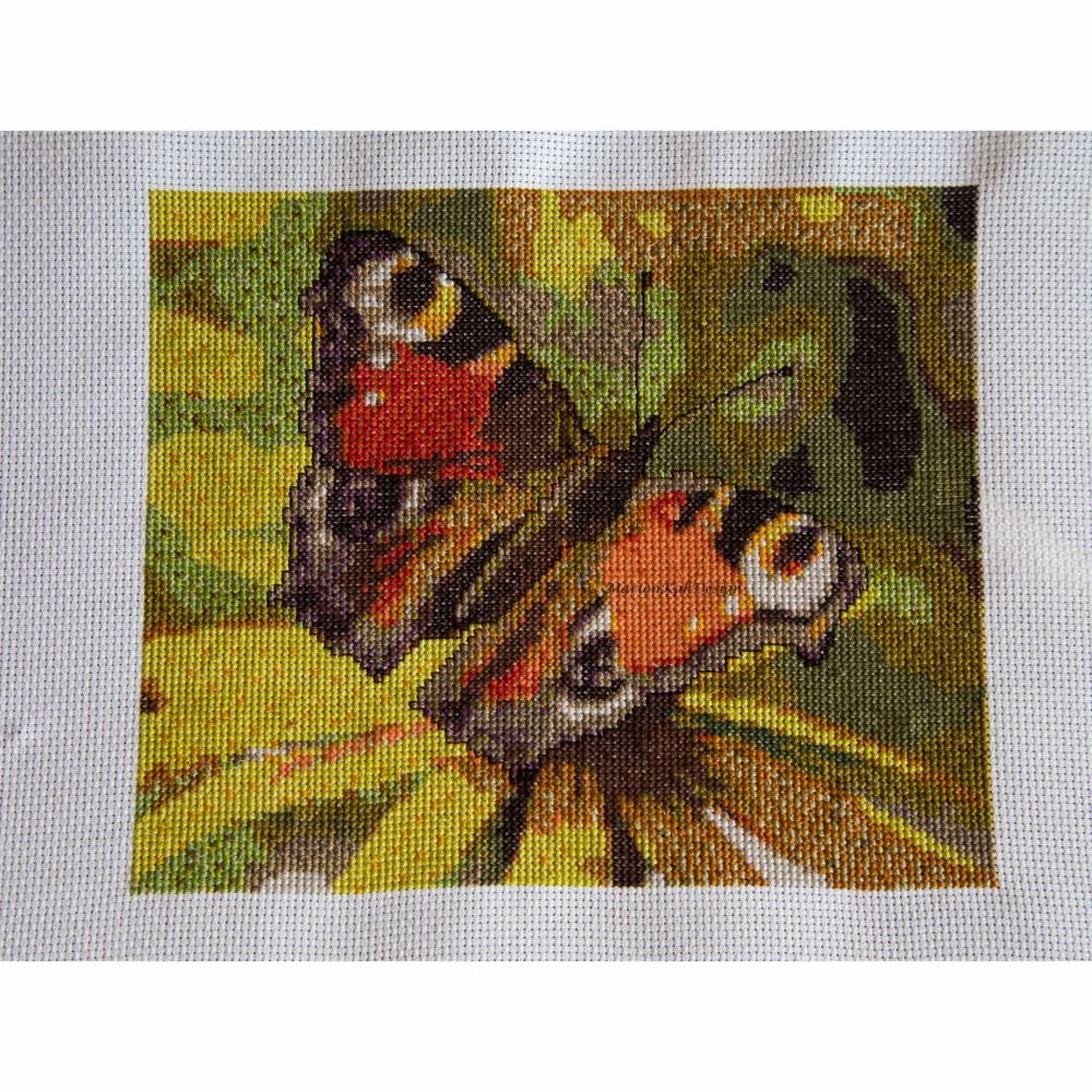 Stickvorlage zum Auswahl Schmetterling 3 Kreuzstichmuster farbig