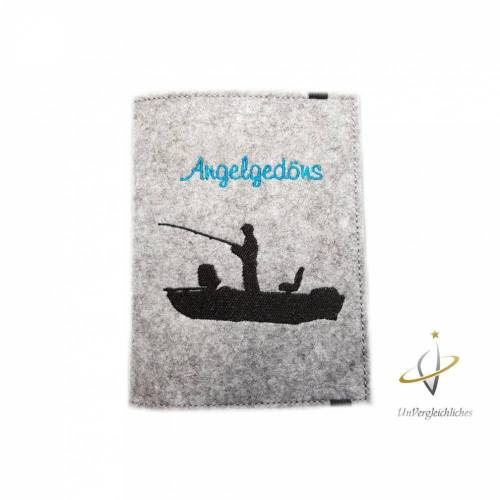 Angelpasshülle, Angelgedöns, Fischereischein, Angelpass Etui, Fangbuch, Angler, Am Angelhaken Namensbestickung
