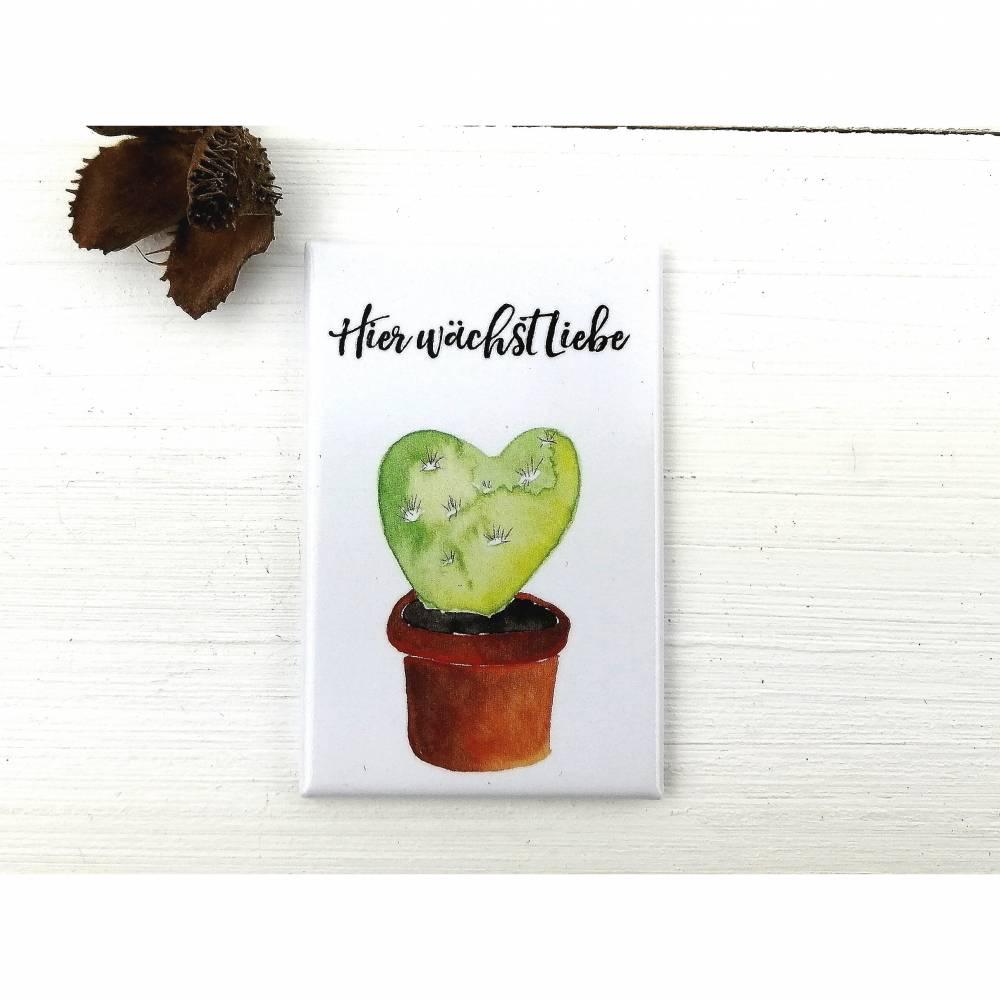 Kühlschrank-Magnet mit Kaktus-Herz-Illustration und romatischem Spruch Bild 1