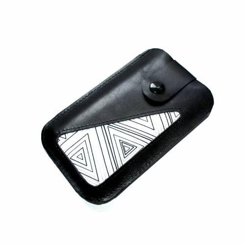 """Smartphonetasche schwarzes Leder & Stoff """"geometrische Formen"""""""