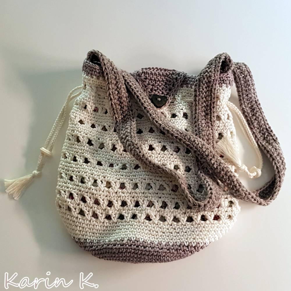 Häkel- Bag Hippie- Tasche City- Bag Wollweiß Taupe Innentasche aus Baumwolle im Blüten- Design Bild 1