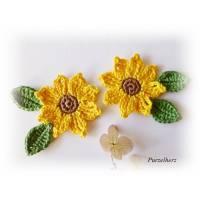 6-teiliges Häkelset: 2 gehäkelte Sonnenblumen mit 4 Blättern - Häkelapplikation