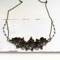 Blumenliebe • Halskette bronze | Statementkette | Geschenkidee Frau | Freundin | Schwester | Mama Bild 2