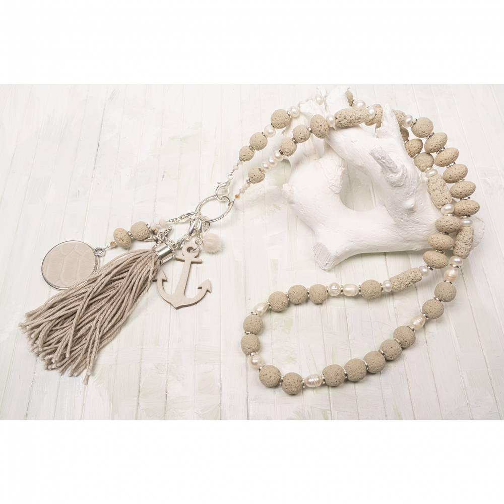 Bettelkette-Halskette-Lavakette-Schmuck-Quasten-boho-Kette-hippie-Kette-bohemian-Schmuck-lange-Kette-beige Bild 1