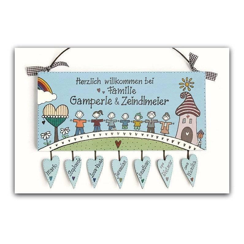 Türschild Familie personalisiert mit Herzanhänger, Unikat blaues Holztürschild  Bild 1