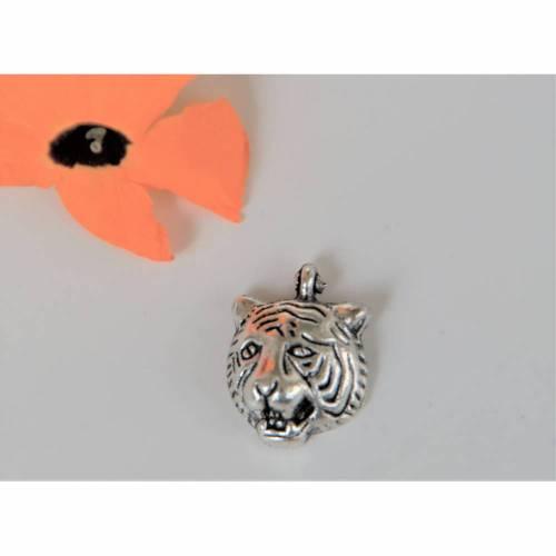 1 Anhänger Tiger Tigerkopf ca. 18 x 14 mm  silberfarben  Für  Charms, Ohrringe oder Ketten. Indien