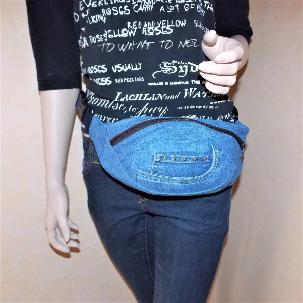 Blaue Hüfttasche , Jeans Upcycling Bild 1