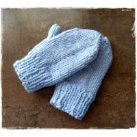 Baby Handschuhe - handgestrickt - hellblau Bild 1