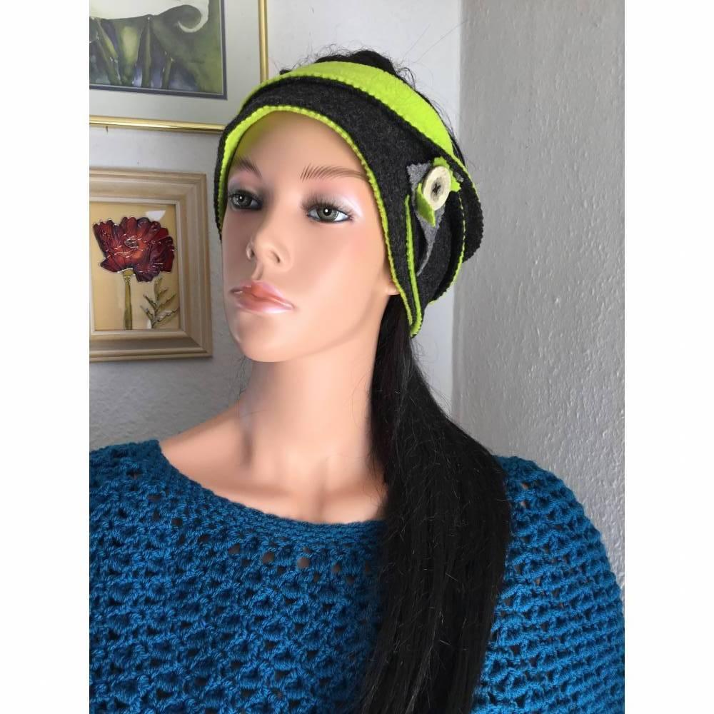 genähtes Stirnband,Walkloden,zwei farbig, zum umschlagen,grün,schwarz,mit Knopf,extra breit Bild 1