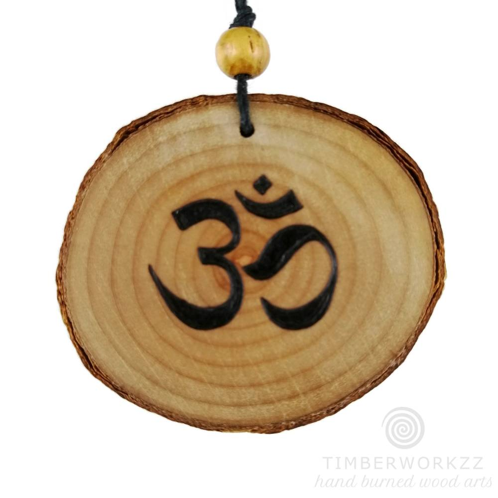 ABVERKAUF -50% handgebrannte Om Halskette, buddhistischer Holzschmuck, Brandmalerei Bild 1