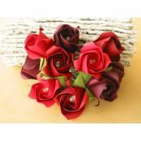 Lichterkette mit Rosen aus Papier in Rottönen als Geschenk Bild 1