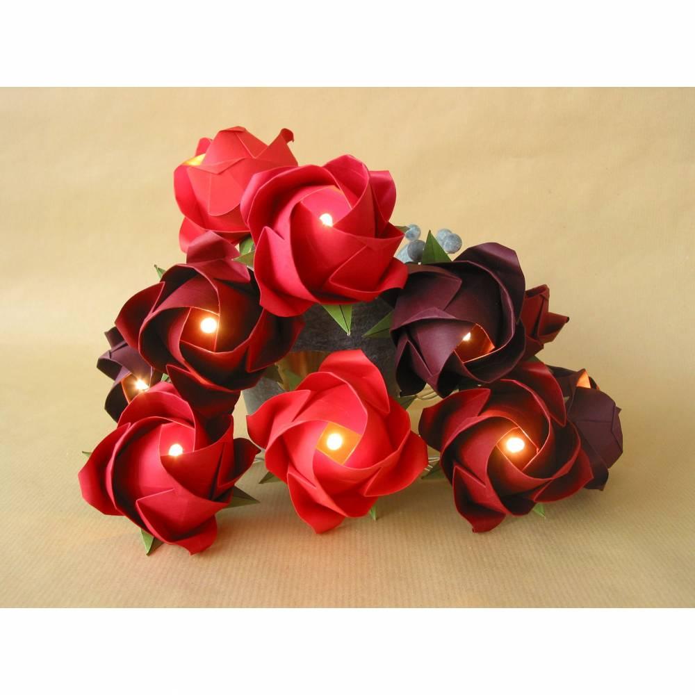 Lichterkette große Rosen in Rottönen, Geschenk Valentinstag und Muttertag, Wohnzimmer Dekoration Bild 1