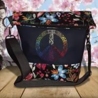 marine Tasche Umhängetasche Foldover Damentasche Peace bunt Stickerei Blumen Kunstleder Bild 1