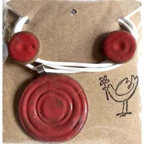Schmuck-Set aus Keramik: Kette mit Anhänger plus Ohrstecker