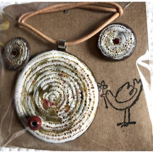 Schmuck-Set aus Keramik und Swarovski-Steinchen: Kette mit Anhänger plus Ohrstecker