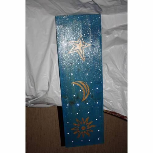 Stele mit Sternenhimmel
