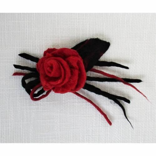 Rote Filzblume Rose Filzbrosche