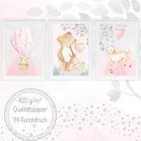 Mädchen Kinderzimmer Bilder Set Babyzimmer Bild Baby Tiere im Heißluftballon Kunstdruck für A4 Bilderrahmen  | SET 38 Bild 1