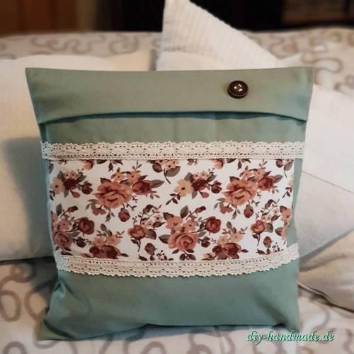 grüne Patchwork Kissenhülle mit romantischem Vintage Rosenmuster, Reißverschluss, 40x40cm, Unikat,
