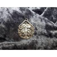 Amulett aus 999 Silber patiniert mit schöner Textur Bild 1