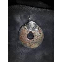 Anhänger in Donut Form mit Schnecke und Öse aus Silberdraht, Landschafts-Jaspis Bild 1