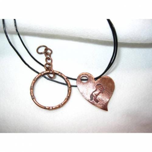 Anhänger, Schlüsselanhänger Herz mit eingeprägtem Pferd, Rotbronze