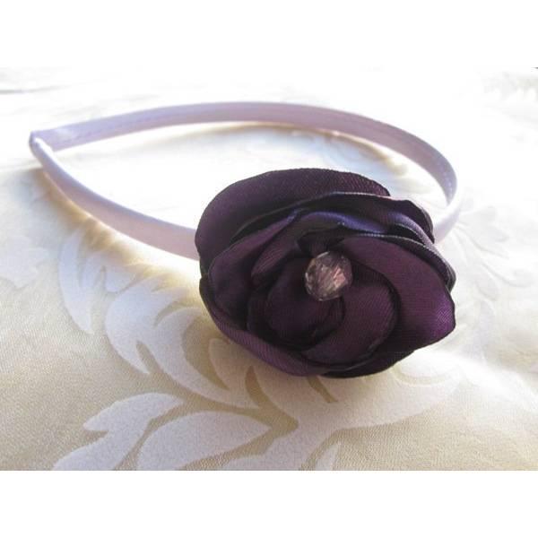 """Lila Haarblume Haarschmuck Haarreif violette Stoffblume Blüte Taufe Hochzeit  """"Violette""""  Bild 1"""