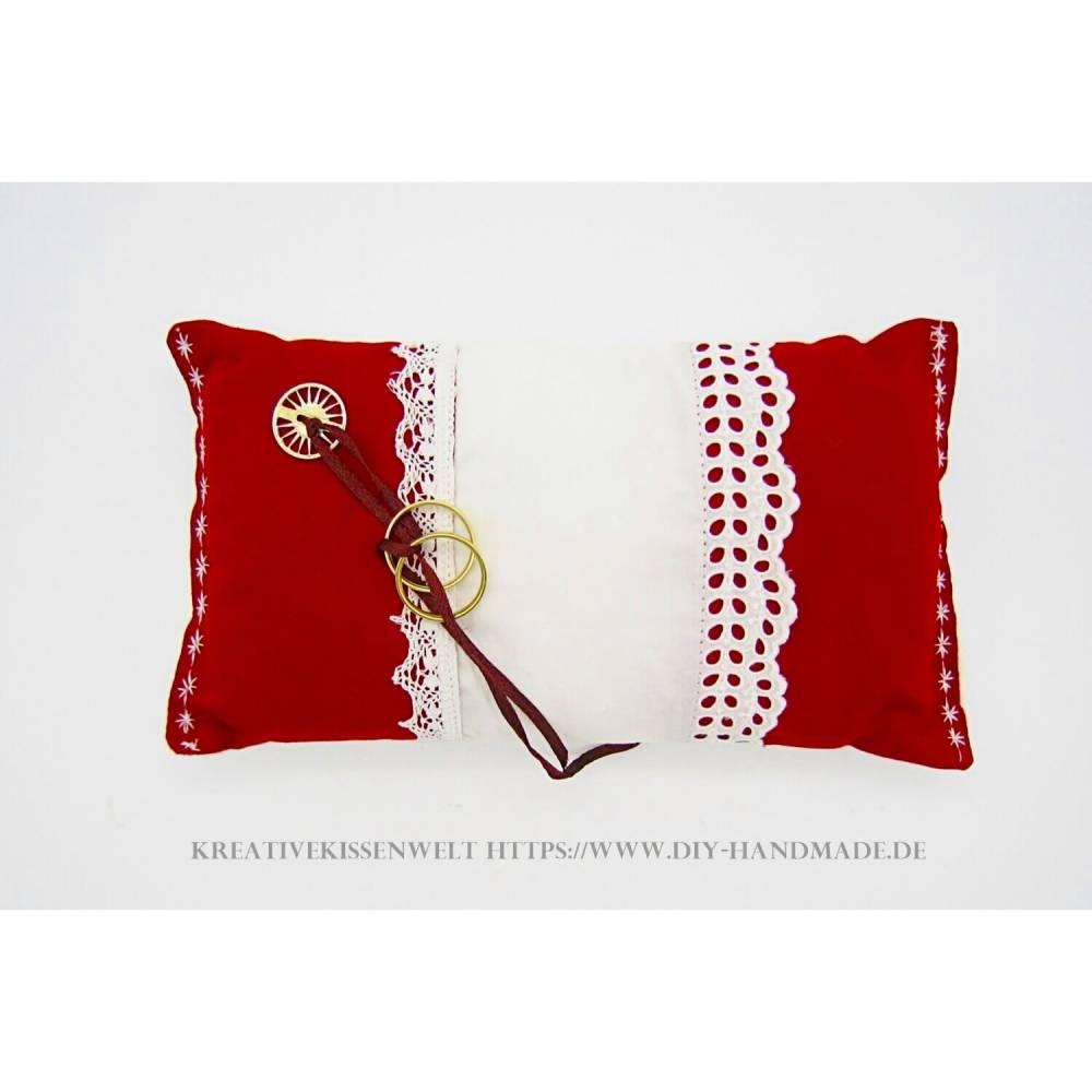 Rotes Ringkissen mit weißer Spitze zur Vermählung, ca. 23x12 cm, Ringträgerkissen Hochzeit, Trauung, Bild 1
