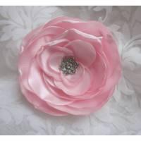 """Rosa Stoffblume Braut Brosche Klammer mit Strass """"Bijou Rose"""" Hochzeit Accessoire Brautschmuck romantisch elegant festlich Jubiläum Bild 1"""