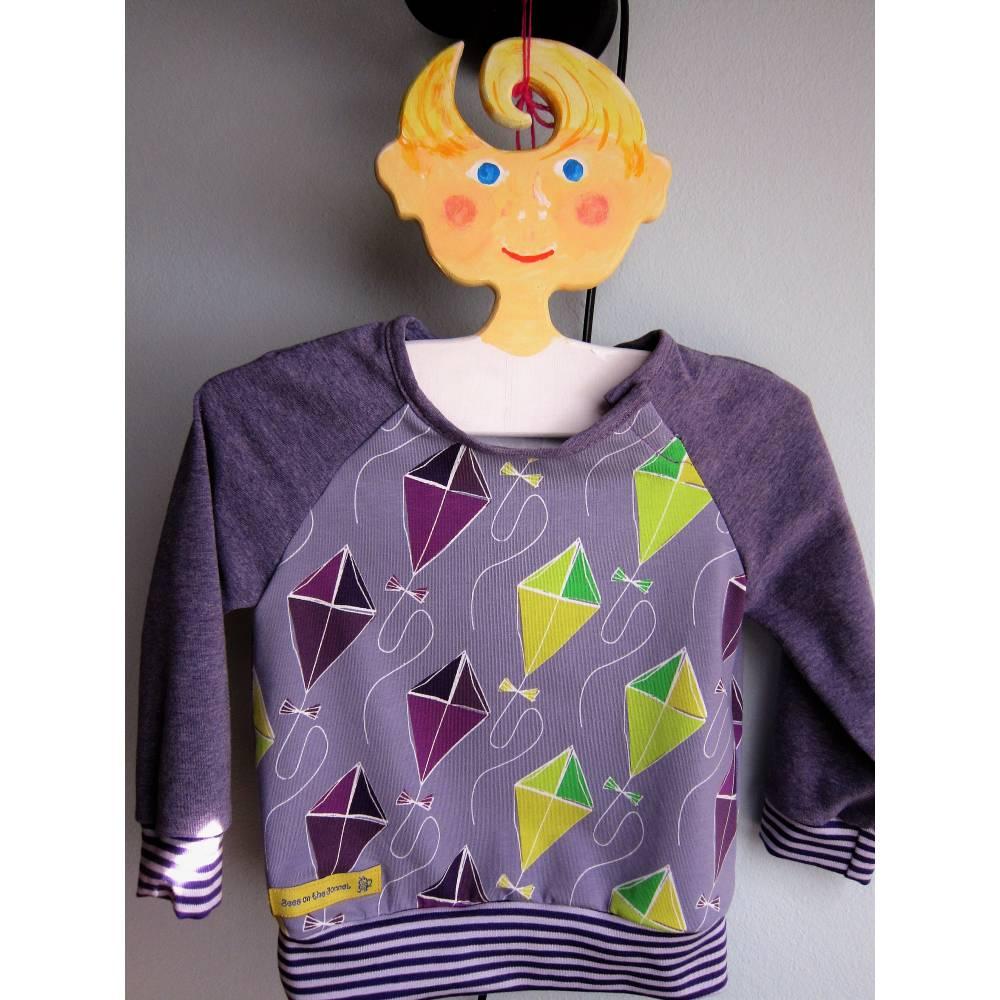 Lustige Drachen Steigen lila langarm T-Shirt für Buben und Mädchen Größe 74, 9 mo, Herbst T-shirt Bild 1