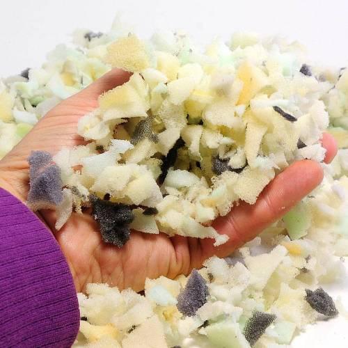 Füllmaterial - Bunte Schaumstoffflocken zum Basteln/Befüllen (1 kg)