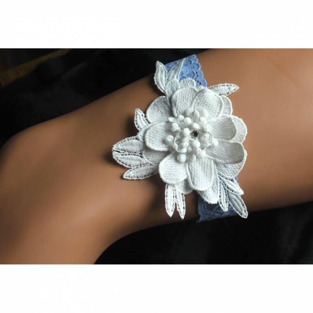 Strumpfband Hochzeit blau crem Applikation 3D-Blüte etwas Blaues Bild 1