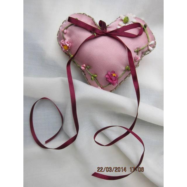 Herzchen Ringkissen Hochzeit Geschenk  Valentinstag Stoffanhänger, Kleinod, Mutterstag, Weihnachten, Ostern,  Geschenk, Deco Bild 1