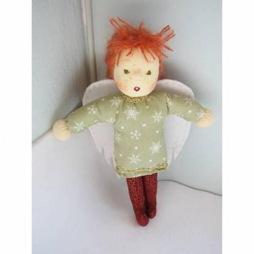 Schutzengel Puppe Lucia, Stoffpuppe Waldorf inspiriert, 22cm, geflügeltes Wesen, Stoffpuppe, Weihnachten, Taufe, Present, Geburtstag