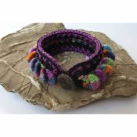 Häkelarmband, extravagantes und auffälliges Textilarmband Bild 3