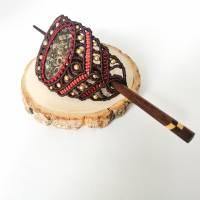 Makramee-Haarspange mit Rosenquarz, Granat und Holz-Stab Bild 5