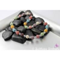 Lavakette mit funkelnden Highlights, gedeckte Farben - Kette mit bunten, großen Lavaperlen und funkelnden Kristallen Bild 1