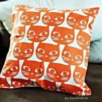 Kissenhülle mit Katzen in orange und weiß 40x40 cm, Hotelverschluss, Kinderkissen, Bild 1