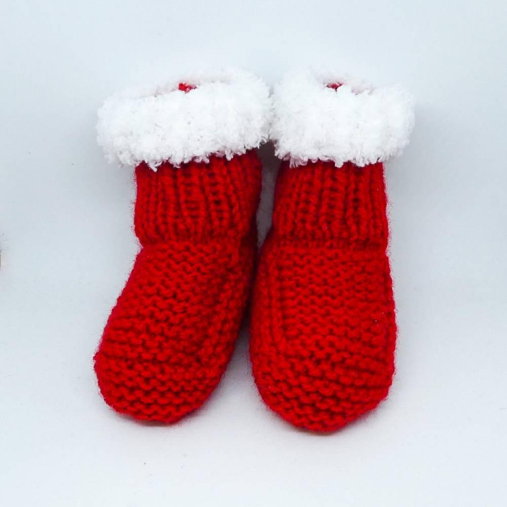 Babyschuhe, Nikolausstiefel, Weihnachtsstiefel in rot und weiß, Fußsohlenlänge 10 cm Bild 1