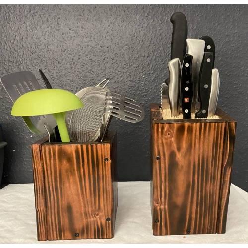 CookingPAX©. Mahagonifarben. Messerblock plus Küchenutensilien Box . Aus Naturholz und Bambus. Gebeizt/ lackiert und versiegelt. Palettendesign . Personalisierbar. Viele Farben möglich.