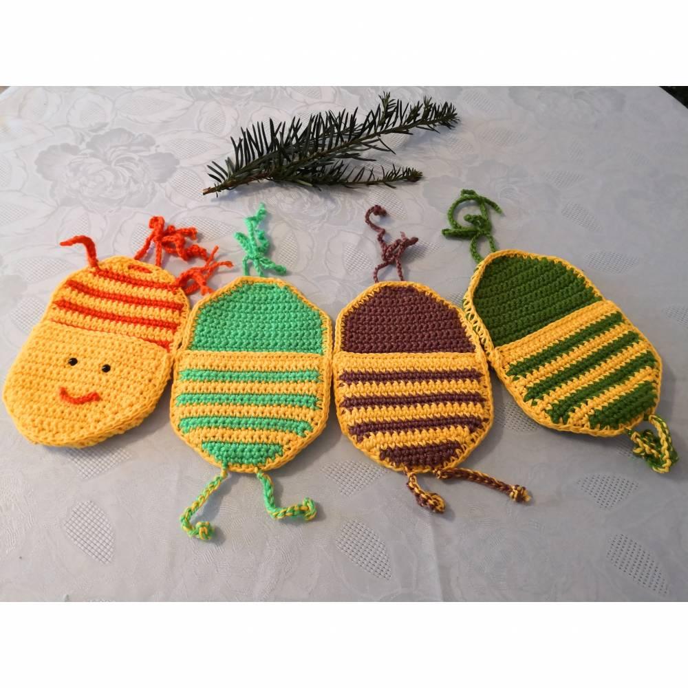 gehäkeltes Kinderzimmerutensilo ,,Wurm,, mit 4 Taschen Bild 1