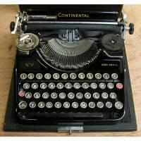 Continental-Reiseschreibmaschine ca. 30 Jahre von den Wanderer Werken Bild 1