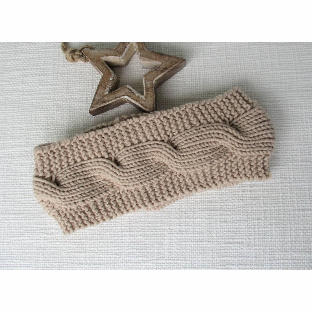gestricktes Stirnband aus Wolle helles beige mit Zopfmuster Bild 1