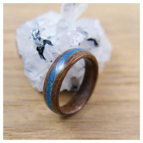 Bentwood Ring aus Ebenholz, Innendurchmesser 17,7mm