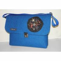 Musikschultasche, Kindertasche mit Stickerei, aus Wollfilz zum Umhängen, blau, handgemacht von Dieda Bild 1