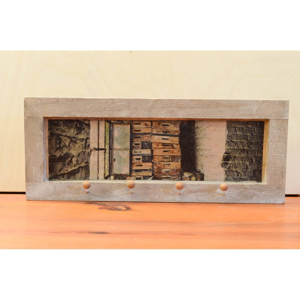 Schlüsselbrett lost place Fenster verlassene Fabrik 33x13 cm, Wanddeko Shabby Style vintage retro modern Wandbild 4 Haken Bild 1