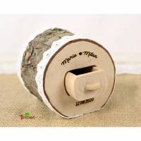 Rustikale RINGBOX aus einem BAUMSTAMM + GRAVUR personalisiert für Trauringe Vintage Holz Ringkästchen Hochzeit Ringkissen Natur Alternative Bild 1