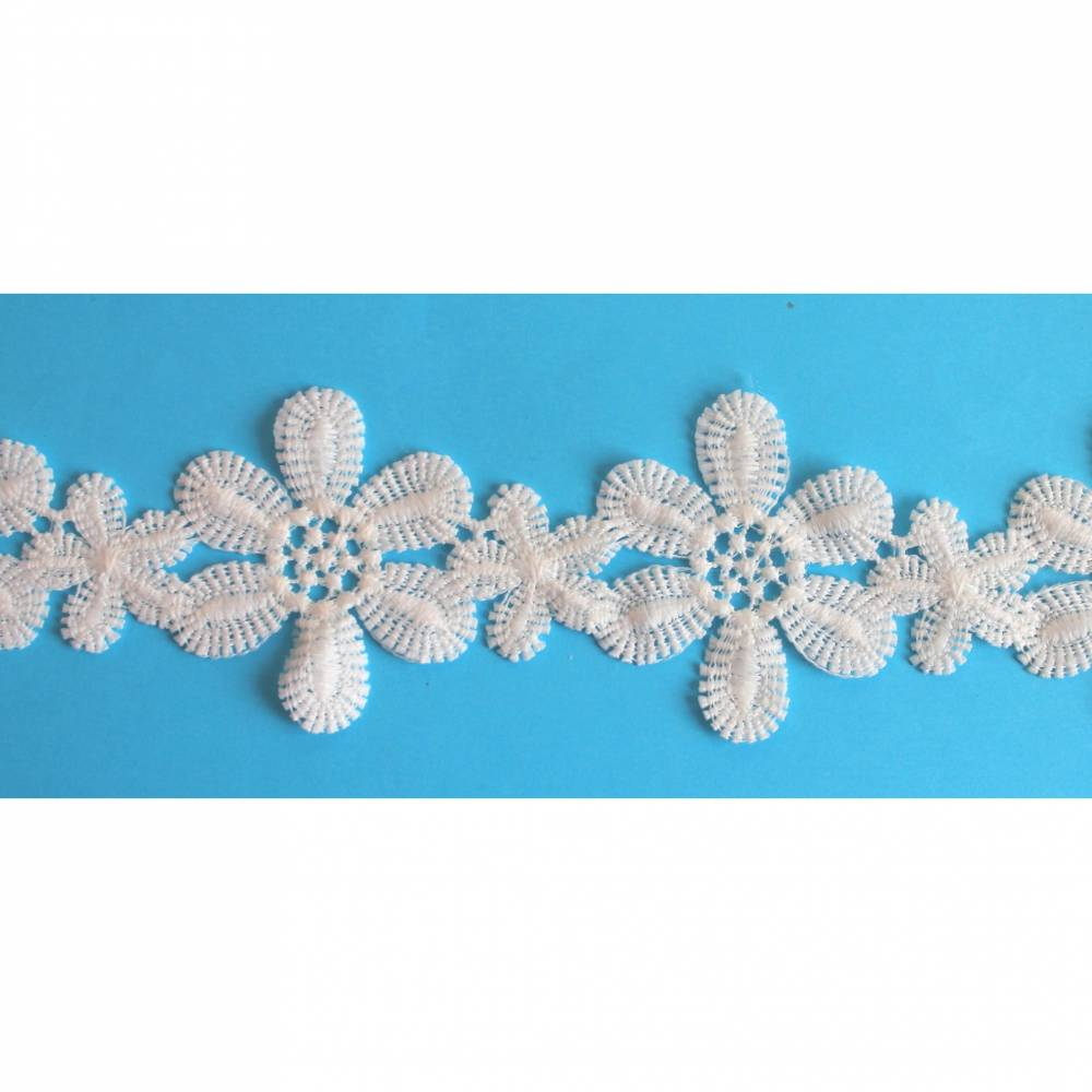 fast weiße Spitze crem Stickspitze Blüten 55 mm breit Blumen Blüten Guipure Spitze Bild 1